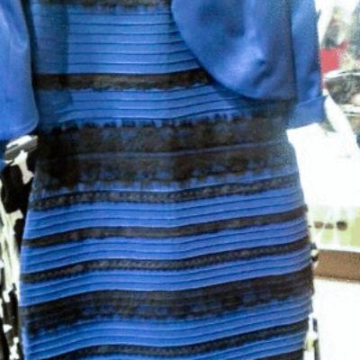 Foto vestido azul e preto polemico