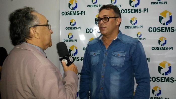Secretário de Saúde participa de seminário promovido pelo Cosems - Imagem 2