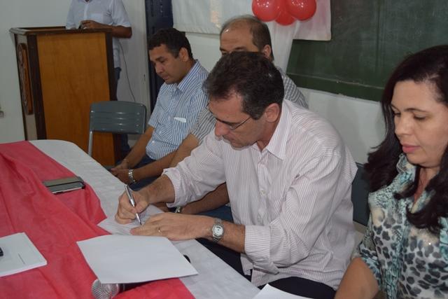 Pref. Gilberto Júnior empossa nova Gerência e Conselhos do Fundo Previdenciário Municipal - Imagem 1