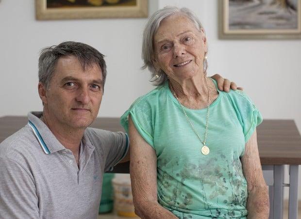 'Ele não era de falar besteira', diz mãe de Jair Bolsonaro - Imagem 1