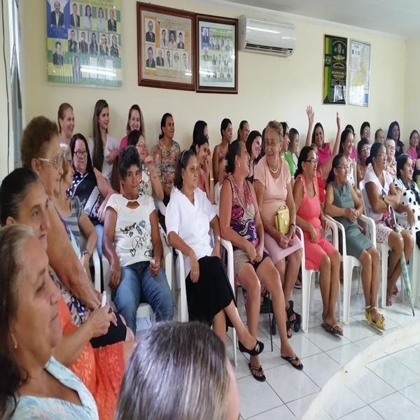 Na sexta-feira 06-03 teve o encerramento da 1ª Semana Social da Mulher com brincadeiras e distribuição de brindes
