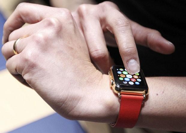 Apple pretende vender mais de 20 milhões de relógios em 2015