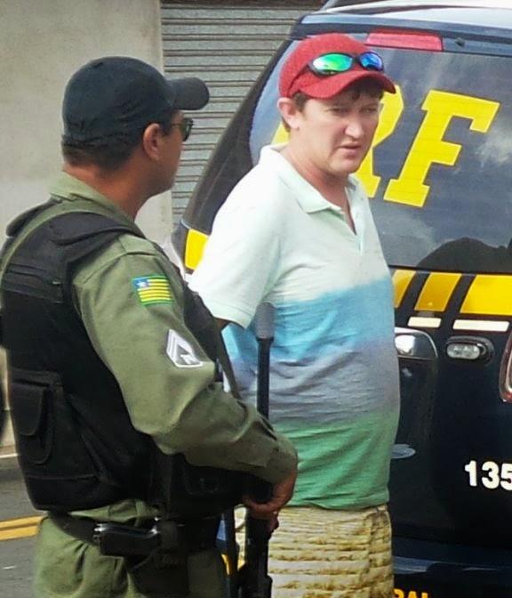 Fábio Coelho sendo preso em Buriti dos Lopes