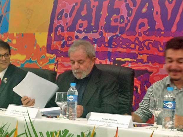 Lula participa de simpósio do Sindicato dos Metalúrgicos do ABC