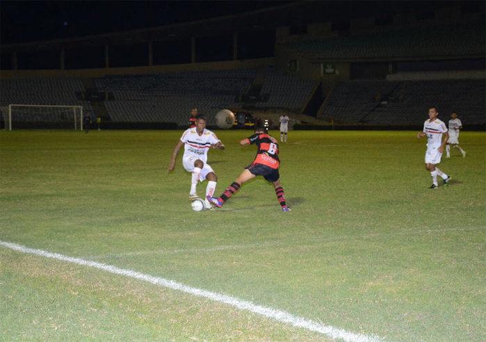 River vence Flamengo do Piauí por 3 a 0 no Albertão  e é líder do Piauiense - Imagem 2