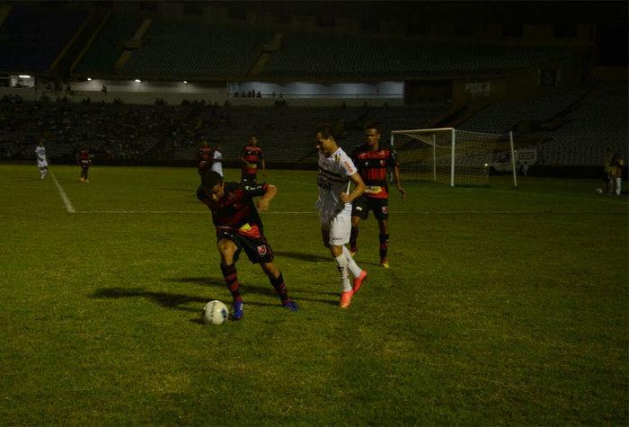 River vence Flamengo do Piauí por 3 a 0 no Albertão  e é líder do Piauiense - Imagem 5
