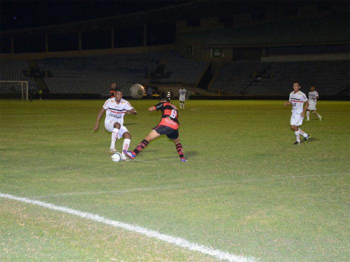 River vence Flamengo do Piauí por 3 a 0 no Albertão  e é líder do Piauiense - Imagem 7