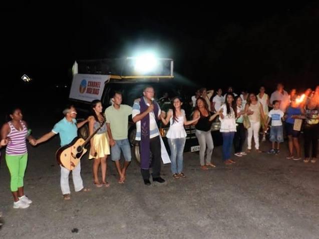 Peregrinação reúne centenas de fieis em Coronel José Dias durante semana santa