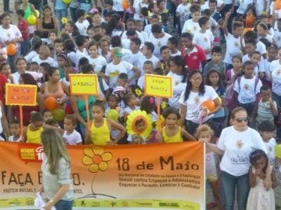 Passeata marca o 18 de Maio em Lagoa do Piauí