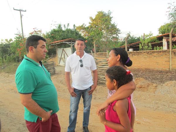 Prefeito Luiz Neto visita Povoado Alto Alegre