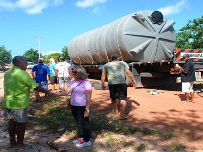 Do sonho à realidade: Prefeita Vânia Ribeiro entrega cisternas para 500 famílias de Cajueiro da Praia