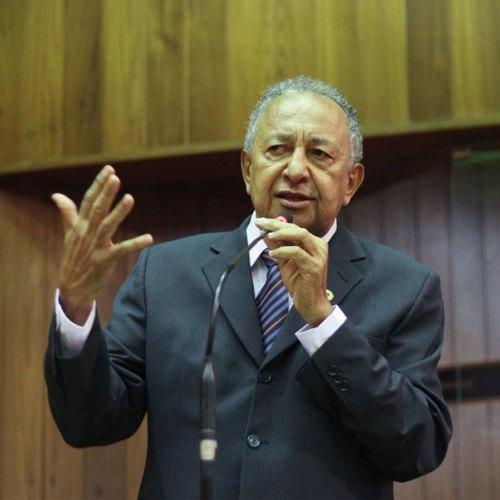 Deputado Dr. Pessoa elogia governo do PI por incentivo à pesquisa