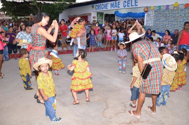Pre-Escola Mãe Celé Celebra Bodas de Prata - Imagem 39