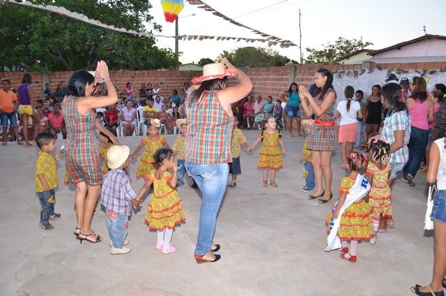 Pre-Escola Mãe Celé Celebra Bodas de Prata - Imagem 37