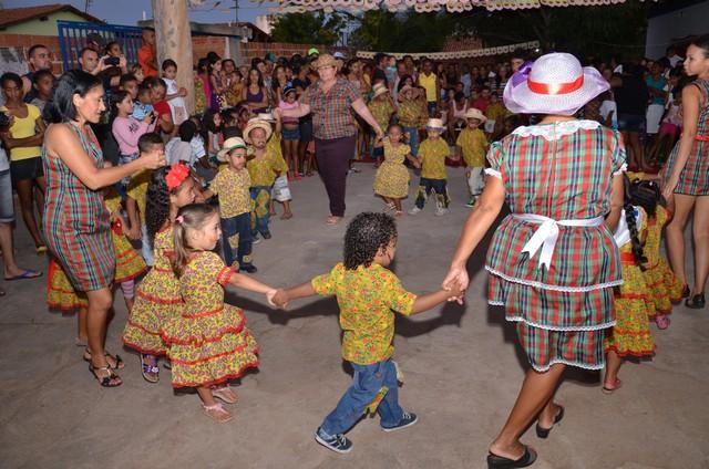 Pre-Escola Mãe Celé Celebra Bodas de Prata - Imagem 43