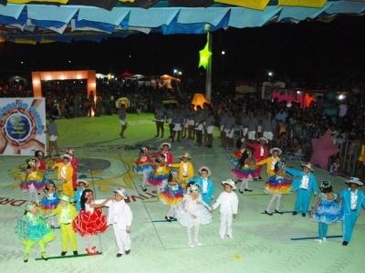 XIV Festival de Quadrilhas Cajueiro Meu Rei bate recorde de público e animação