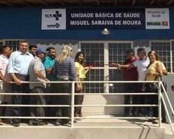 Prefeito Zé Henrique inaugura uma UBS, praça e abastecimento d'água na região do outro lado