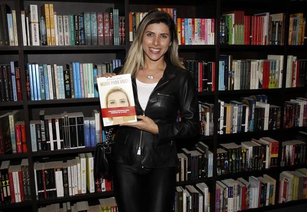 """Andressa Urach lança biografia em SP com presença de """"famosos"""" - Imagem 8"""