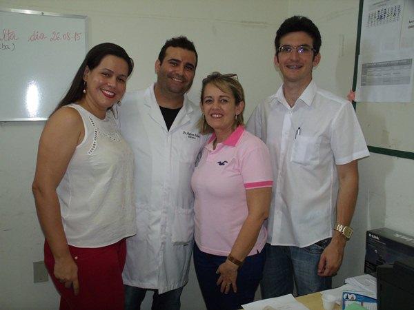 Secretarias Municipais de Saúde e Assistência Social promovem palestras e entrega de kits de enxoval para gestantes de Cajueiro da Praia - Imagem 13