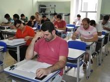 Prefeitura abre concurso com 26 vagas e salário até R$ 1.400 no PI