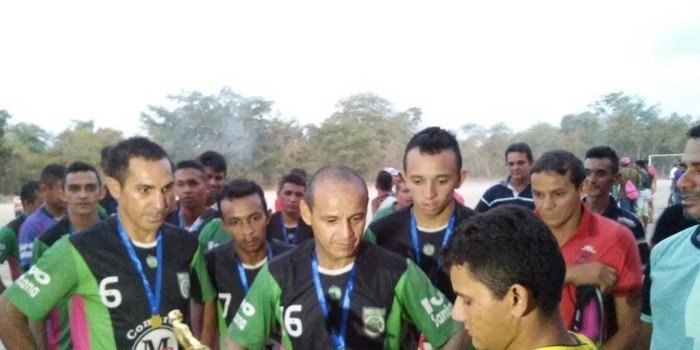 Final da Copa da Goiaba de futebol amador no povoado Lagoa Seca dos Hilários reuniu uma multidão