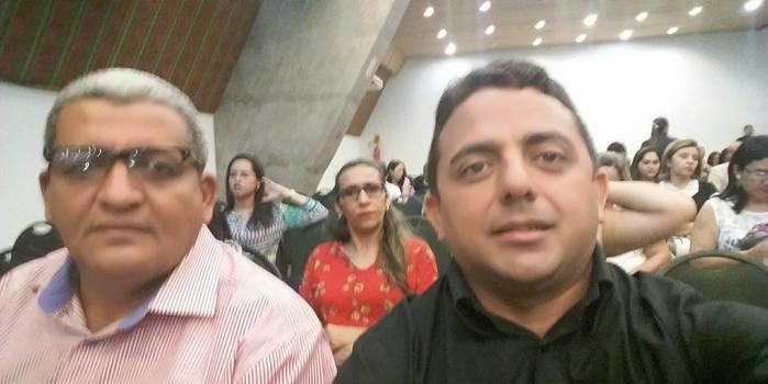 PREFEITO ZÉ RESENDE PARTICIPA DO ENCONTRO DO FNDE EM TERESEINA E CONSEGUE LIBERAÇÃO DE RECURSOS