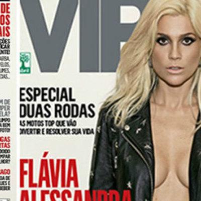 Flávia Alessandra posa com parte de seios à mostra para revista Vip