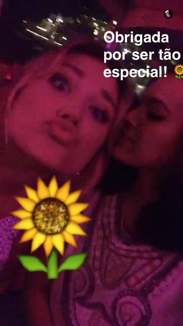 Sasha e Marquezine celebram (Crédito: Reprodução/Snapchat)