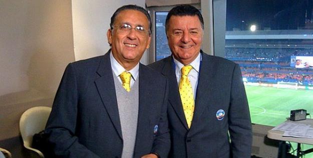 Arnaldo ao lado de Galvão Bueno