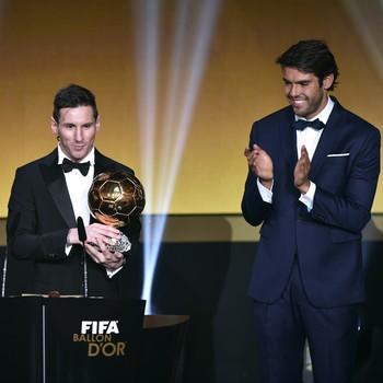 Kaká anunciou vitória de Messi (Crédito: AFP)