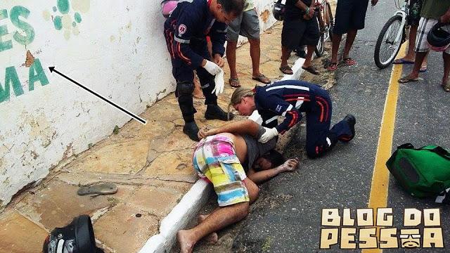 Jovem morre após colidir em muro (Crédito: Reprodução/Blog do Pessoa)