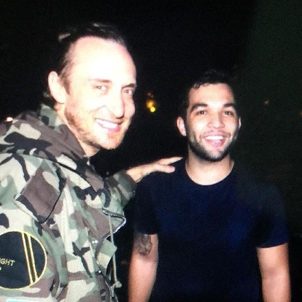 David Guetta e Jonathan Costa em casa de shows no Rio (Crédito: Reprodução/Instagram)