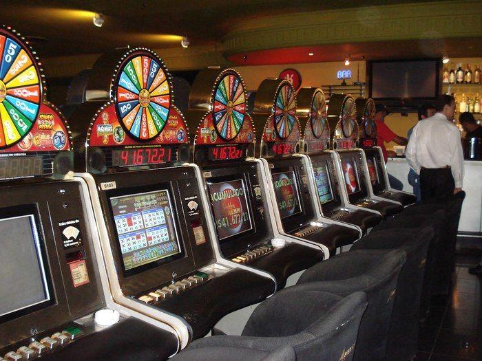 Proposta inicial é permitir jogos de azar somente em hotéis credenciados (Crédito: Reprodução)
