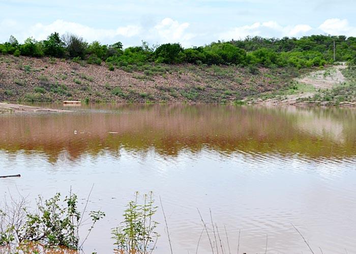 Açude Tiririca volta a ter água