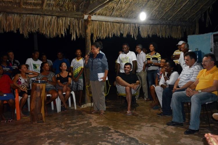 Regina Sousa participa de roda de conversa com quilombolas no PI