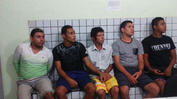 Quadrilha é presa durante festa para comemorar assaltos em Teresina