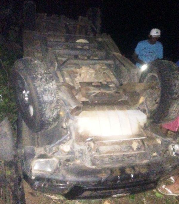 Apesar do acidente, ninguém saiu ferido (Crédito: Reprodução)