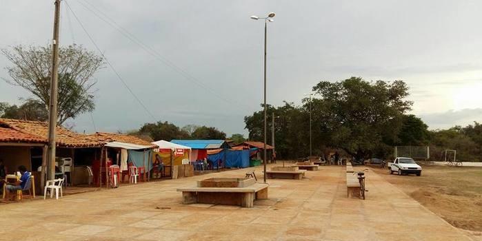Prefeito Tonho Veríssimo inaugura praça na zona rural do municipio