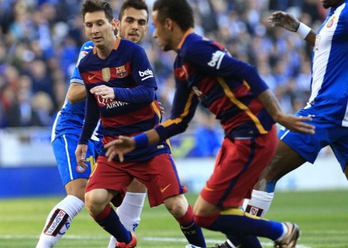 Neymar e Messi (Crédito: AFP)