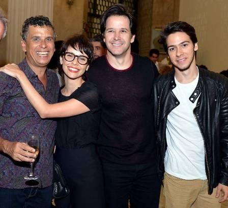 Murilo com Débora, o filho Antônio e o ator Rodolfo Vaz   (Crédito: Divulgação)