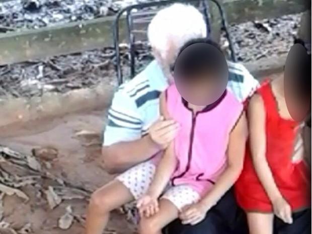 Político acusado de abusar de crianças (Crédito: Reprodução)