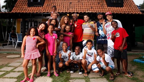 Familia Mc Catra (Crédito: Reprodução)