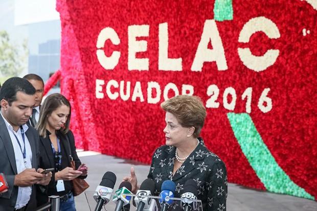 Dilma Rousseff, durante entrevista em Quito, no Equador