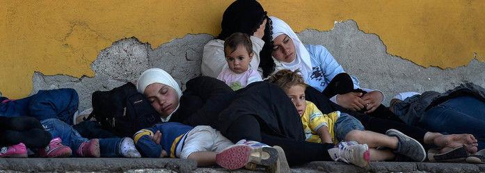 Das 2.000 pessoas que chegam por dia à Europa, 55%  são mulheres e crianças