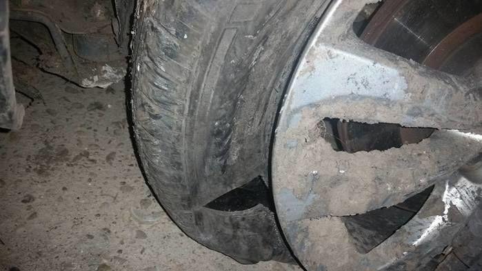 pneu estourado (Crédito: Divulgação)
