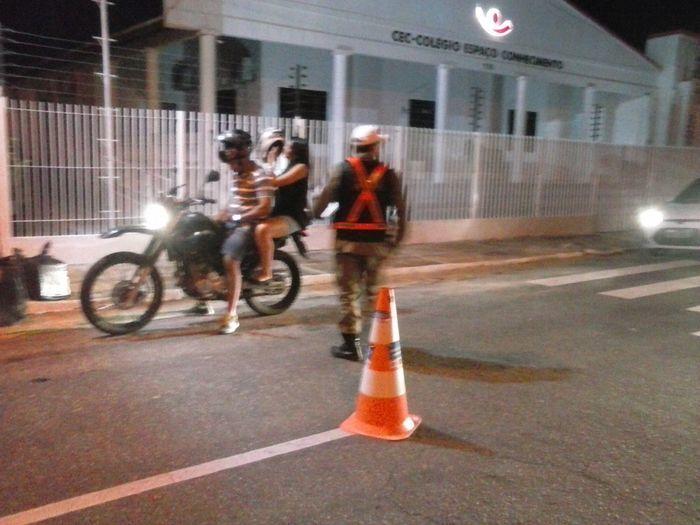 Motoqueiros também foram fiscalizados pela PM
