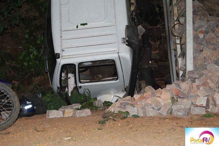 rave acidente deixa um morto e um ferido  (Crédito: Portal RV)