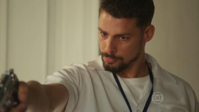 Juliano levanta nova suspeita sobre Romero