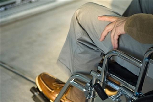 Pessoas com deficiência são beneficiadas com materiais especiais