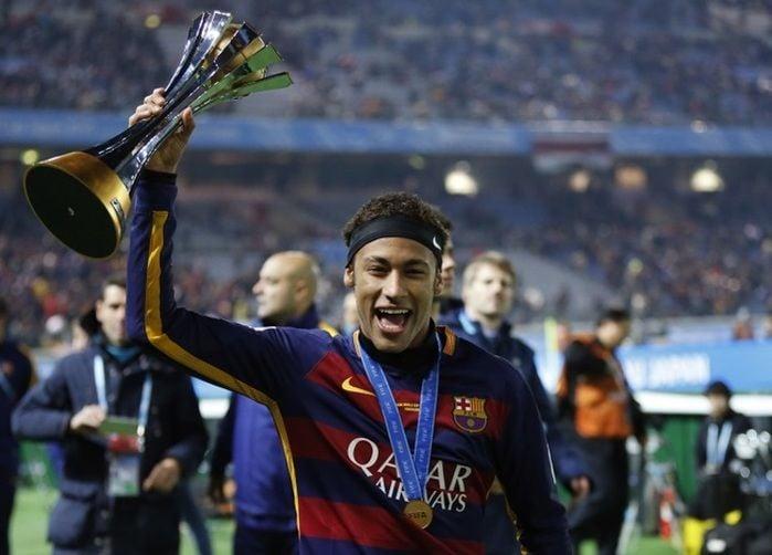 Neymar só perde para Messi no mercado